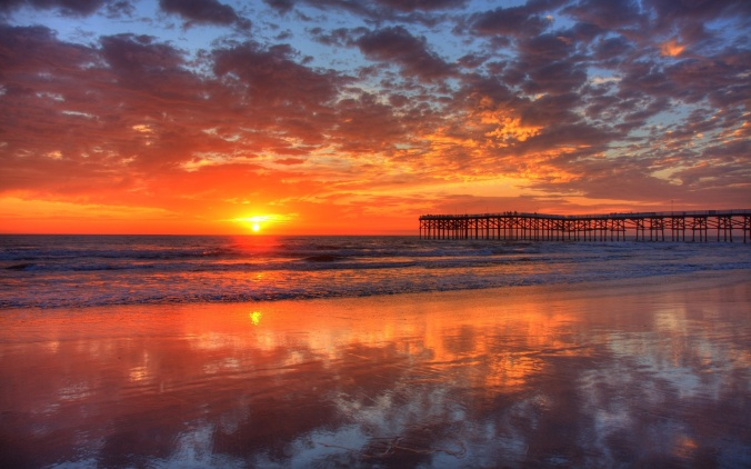 beautiful Pacific-beach,-sunset