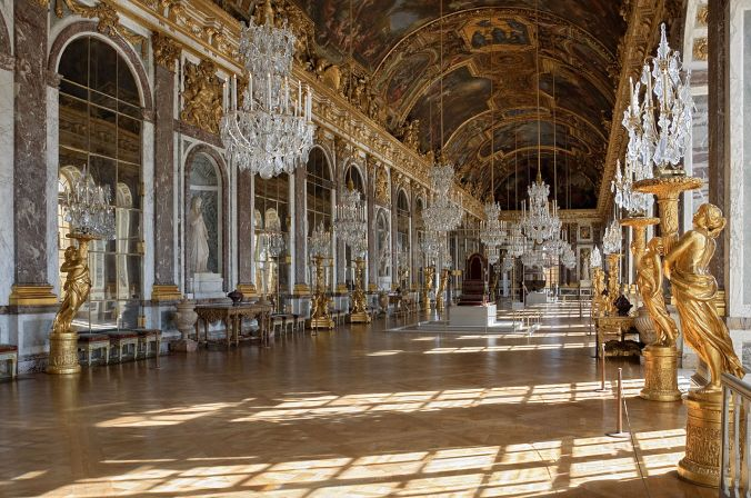 Galerie des Glaces (Hall of Mirrors) at Versailles