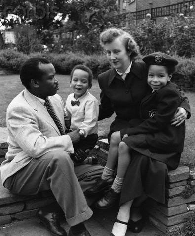 1956, Croydon, Surrey, England, UK --- Seretse Khama - Image by © Hulton-Deutsch Collection/CORBIS