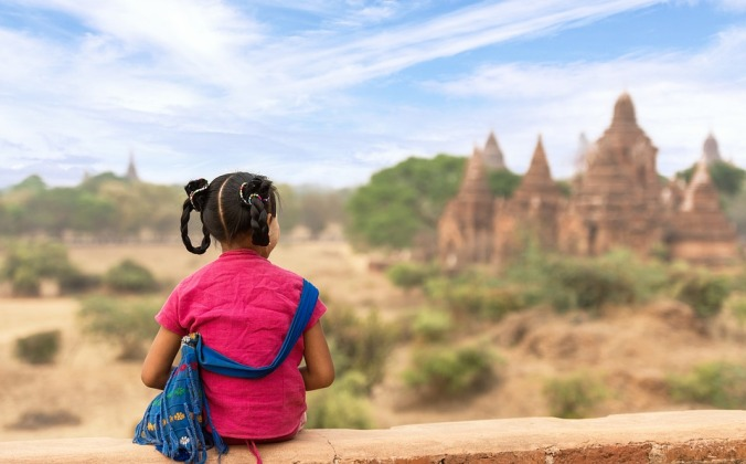 vulnerability-girl-travelling-in-asia